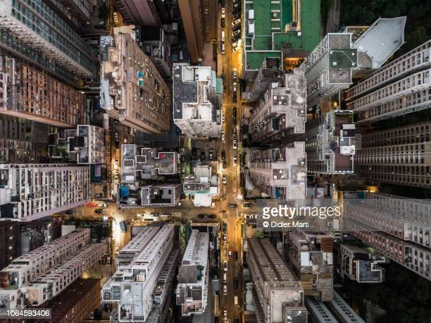 straight down view of hong kong residential district - luchtfoto stockfoto's en -beelden
