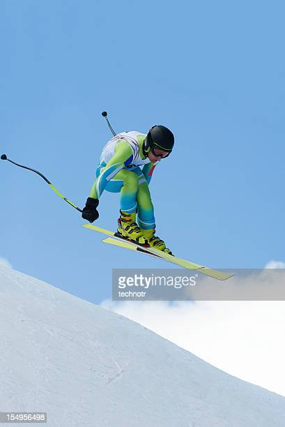 droit downhill race - challenge competition photos et images de collection