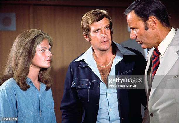 MAN Straight on 'til Morning Season Two 11/8/74 Steve and Oscar helped an alien Minonee return to her mother ship before she was captured