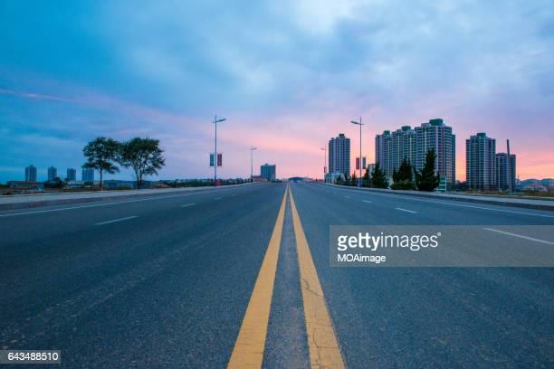 Straight sunset Road