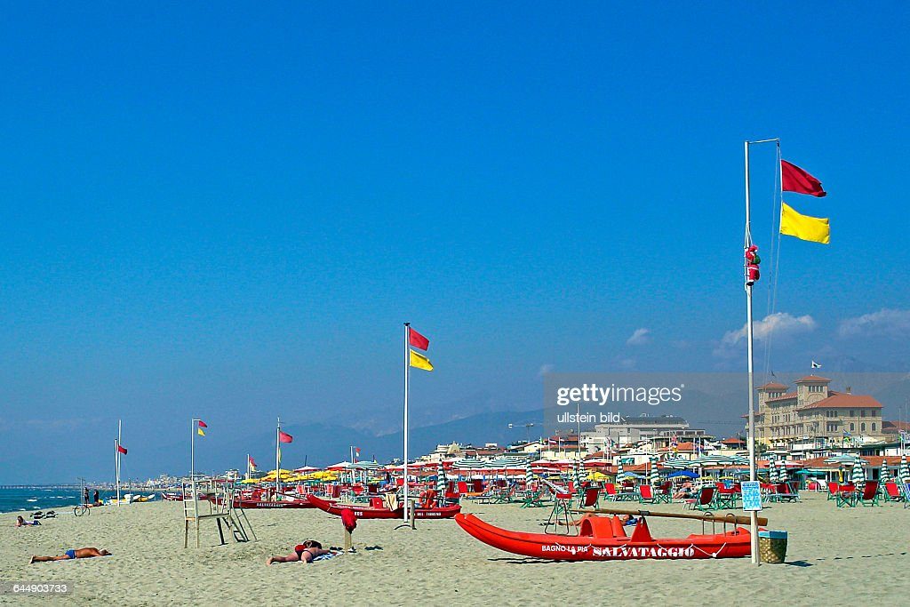 Strand von Viareggio : News Photo