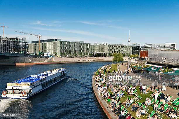 Strandbar Berlin im Sommer