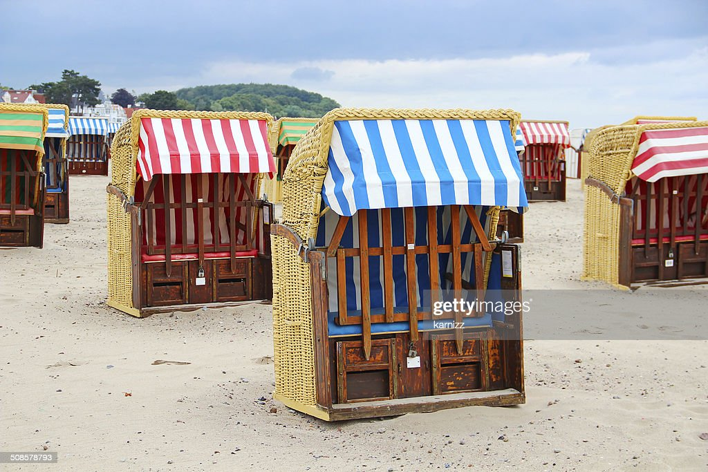 Strandkorb - typical beach chairs on the Baltic sea : Stock Photo