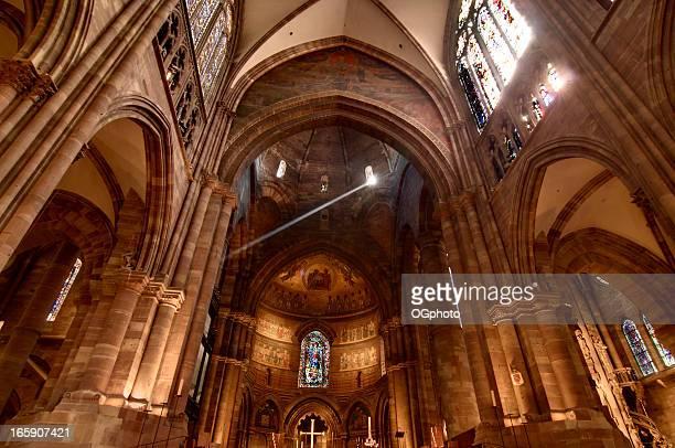 cattedrale di strasburgo - ogphoto foto e immagini stock