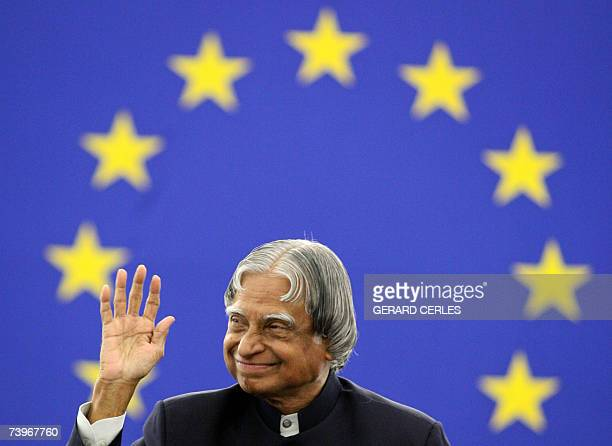 Indian President Abdul Kalam waves 25 April 2007 during a formal sitting of the European Parliament in the northeastern city of Strasbourg The World...