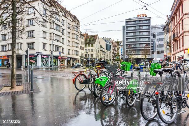 strasbourg - human powered vehicle fotografías e imágenes de stock