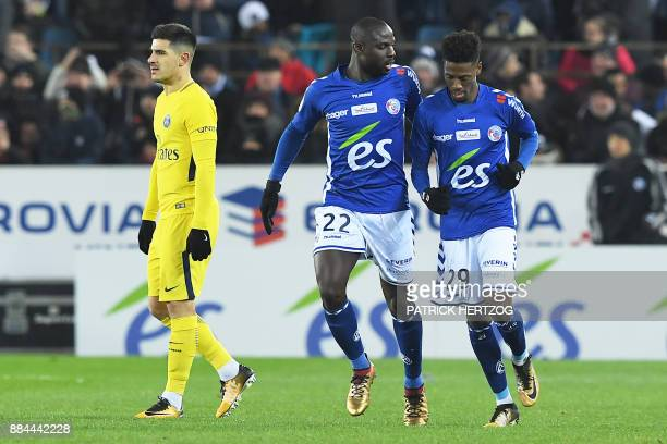 Strasbourg's Cape Verdian forward Nuno Da Costa is congratulated by Strasbourg's French defender Ernest Seka after scoring a goal as Paris...