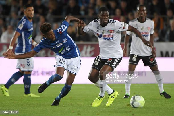 Strasbourg's Cape Verdian forward Nuno Da Costa vies with Amiens' French defender Bakaye Dibassy during the French Ligue 1 football match between...