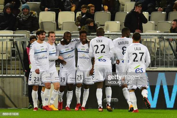 Strasbourg's players celebrates after scoring a goal during the French L1 football match between Bordeaux and Strasbourg at Matmut Atlantique Stadium...