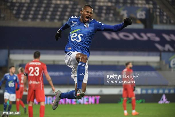 Strasbourg's Senegalese forward Habib Diallo celebrates after scoring during the French L1 football match between RC Strasbourg and Nimes at The...