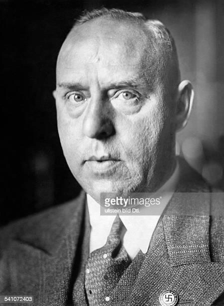 Strasser Gregor *31051892Politiker DMitglied der NSDAP Politiker 1932