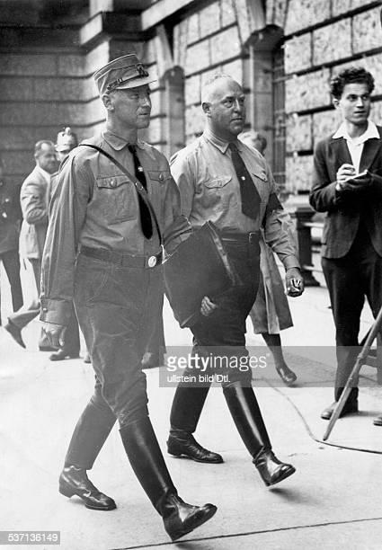 Strasser Gregor Politiker D Mitglied der NSDAP mit Dr Wilhelm Frick auf dem Weg in den Reichstag 1932