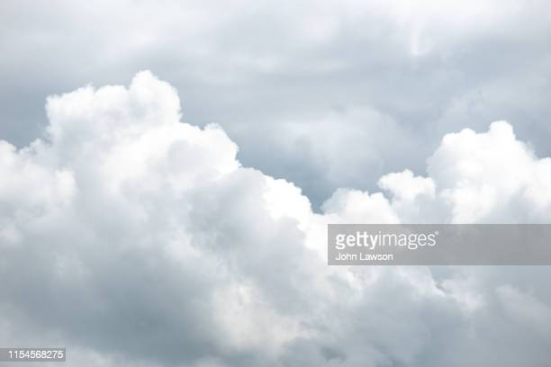 stratocumulus clouds - cumulus stock pictures, royalty-free photos & images