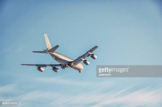 stratotanker – military plane - kc-135 us airforce - boeing stock pictures, royalty-free photos & images