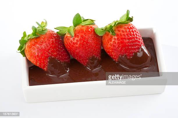 strawberries with chocolate - chocolate dipped stock pictures, royalty-free photos & images