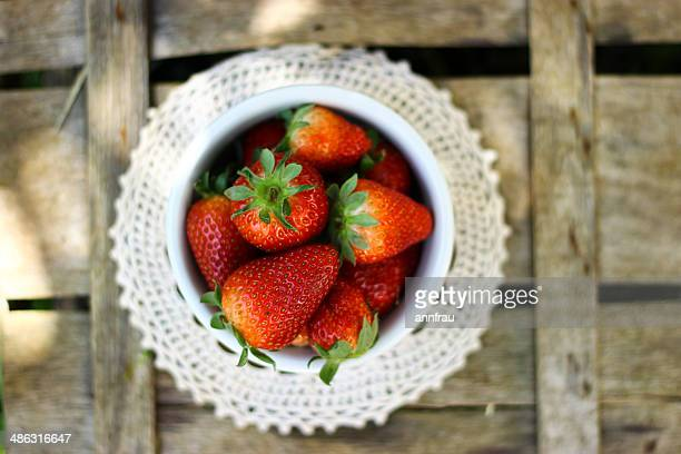 strawberry bowl - annfrau stock pictures, royalty-free photos & images