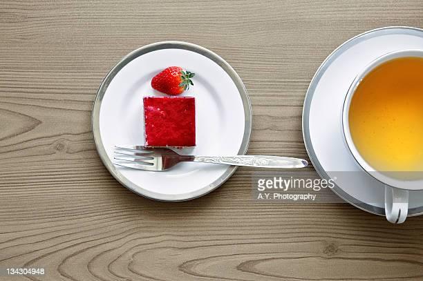Strawberry cake and tea