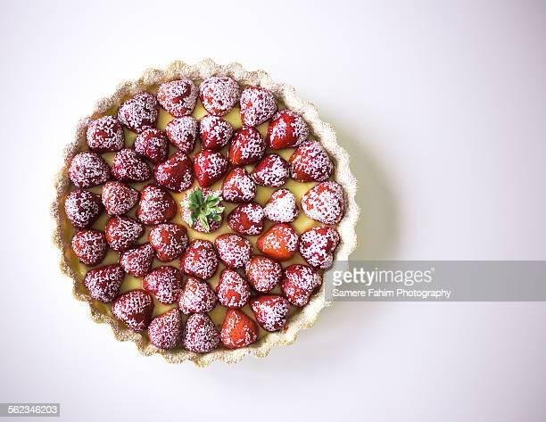 Strawberry custard tart