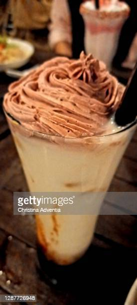 strawberry dalgona whipped coffe - dalgona stock pictures, royalty-free photos & images