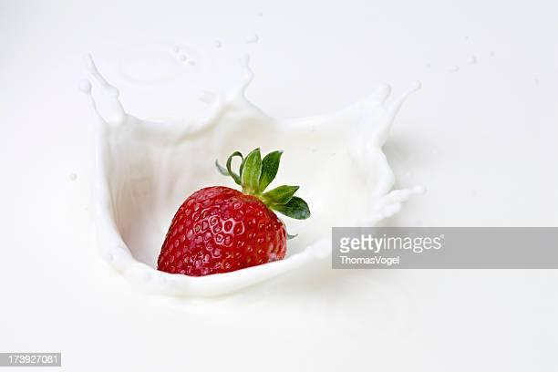 Erdbeer-Milch-splash