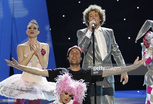 A streaker appears on stage as Spain's Daniel Diges performs his song Algo Pequeñito during the Eurovision Song Contest 2010 final at the Telenor...