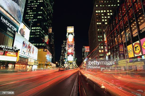 streaking lights in times square - ニューヨーク郡 ストックフォトと画像