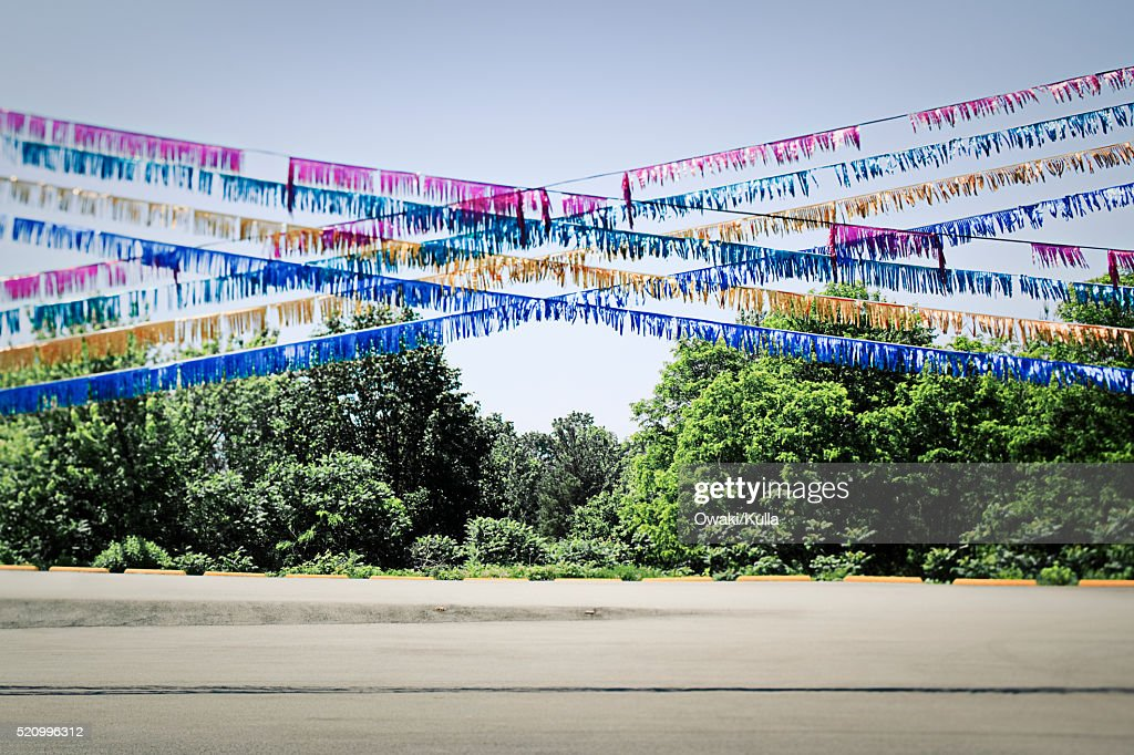 Streamers Above Closed Car Dealership Lot Stock Photo Getty Images