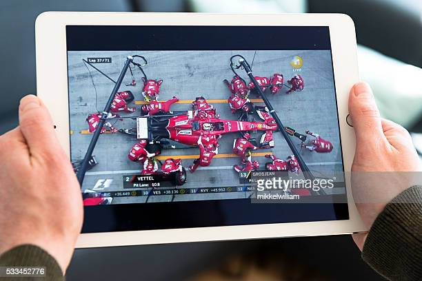 streaming video of pitstop performed by the ferrari f1 team - grand prix motor racing stock pictures, royalty-free photos & images