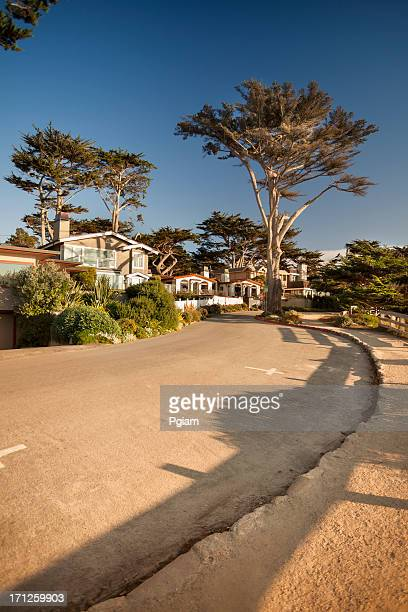 street and walkway on carmel beach in carmel-by-the-sea - pebble beach california stock pictures, royalty-free photos & images