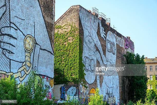 streetart in berlin - kreuzberg stock photos and pictures