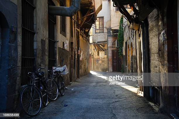 street at sunrise in damascus syria - damascus stock pictures, royalty-free photos & images