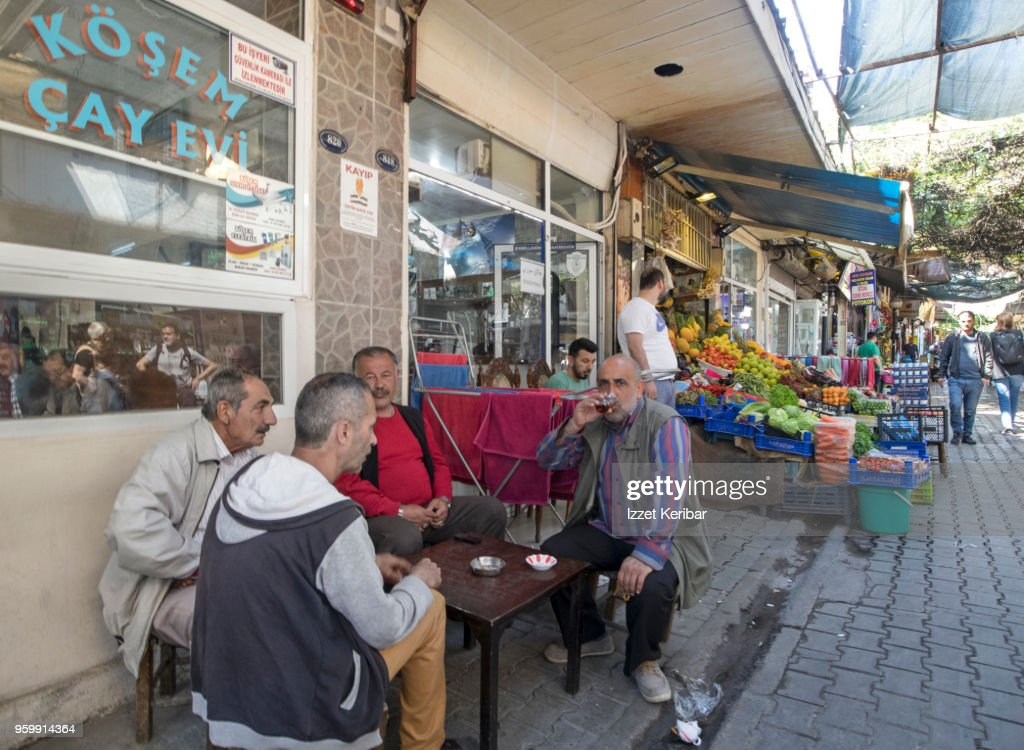 A street café near Kemeralti district at Izmir, Turkey : Stock-Foto