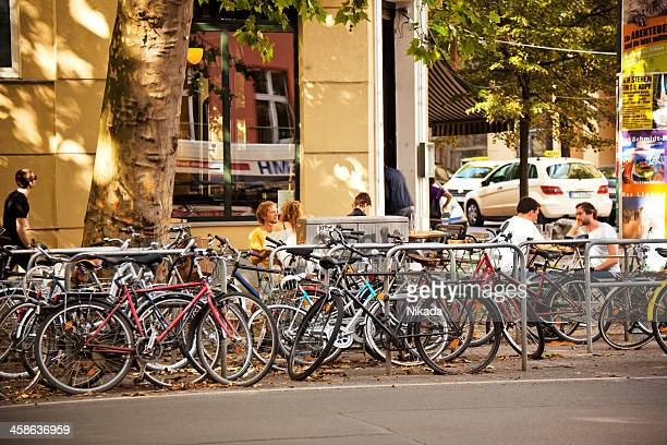 street cafe in berlin - prenzlauer berg stock photos and pictures