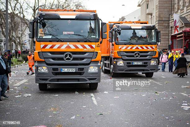 street carnival in wiesbaden 2014 - street sweeper stock pictures, royalty-free photos & images