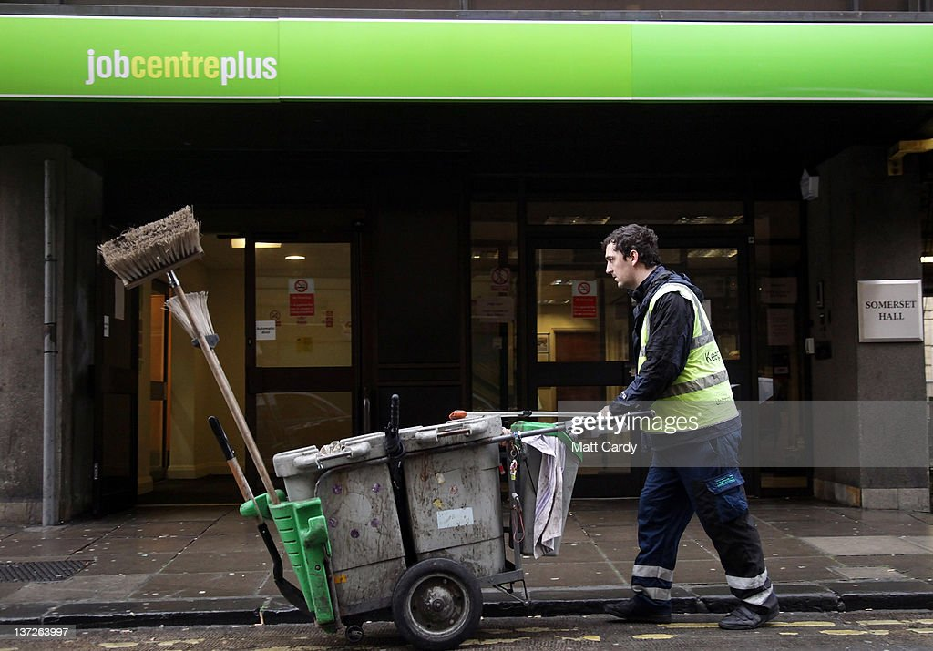 Unemployment Figures Set To Rise Further In UK : News Photo