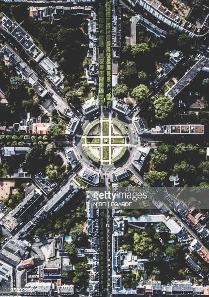 street connection - mellinet - ナント ストックフォトと画像