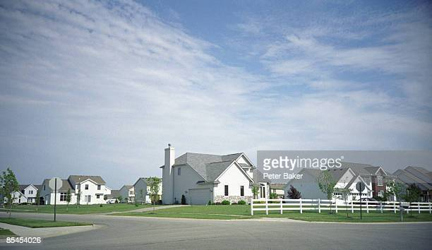 street corner in a typical subdivision. - residential district stock pictures, royalty-free photos & images