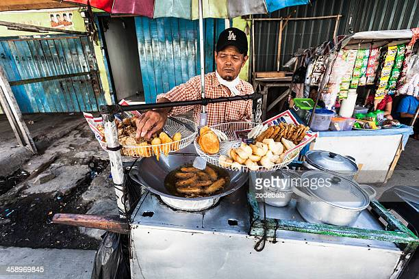 street food vendor in jakarta, indonesia - jakarta stock pictures, royalty-free photos & images