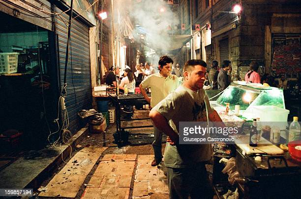 CONTENT] street food vendor in palermo after the football match between palermo and inter that was the Coppa Italia final