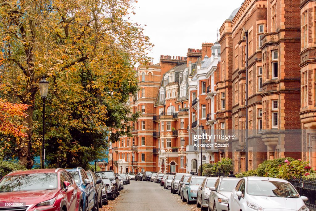 Street in Chelsea district, London, United Kingdom : ストックフォト