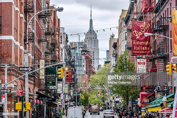 street in little italy, new york city, usa - lower east side manhattan stock pictures, royalty-free photos & images