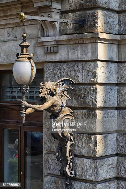 street lamp in budapest - emreturanphoto stock pictures, royalty-free photos & images