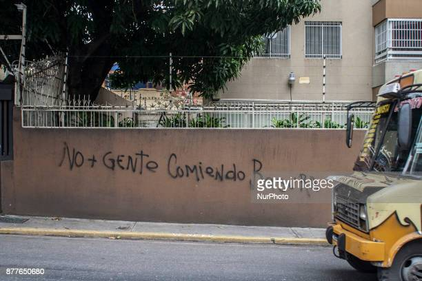 Street life in Caracas Venezula on 23 November 2017 Venezuel people lives between the alert crisis and humanitarian emergency indexes with a clear...