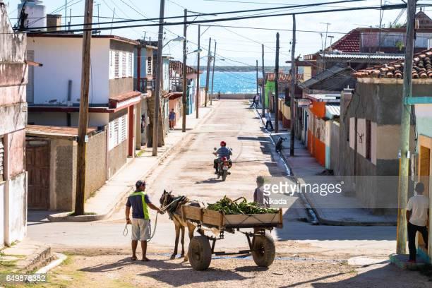 Leben auf der Straße von Gibara, Kuba