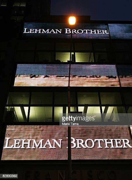 A street light shines near the headquarters of Lehman Brothers Holdings Inc September 15 2008 in New York City Lehman Brothers filed a Chapter 11...