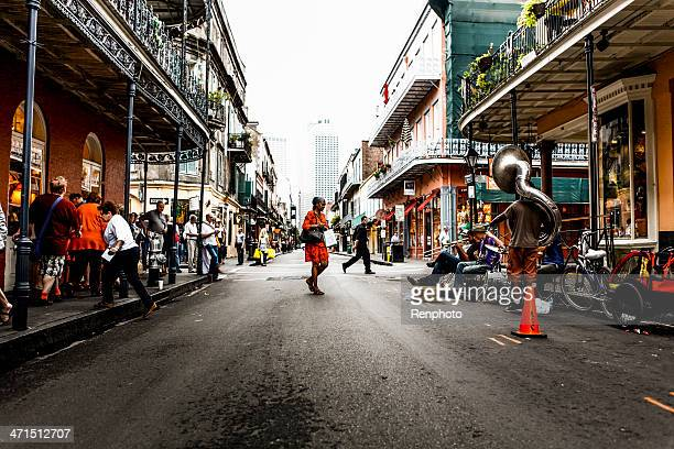street musician in new orleans - new orleans stock photos and pictures