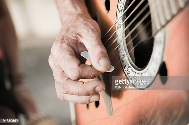street musician playing a guitar, cape town, western cape province, south africa - grimes musician stock pictures, royalty-free photos & images