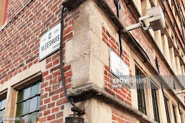 placa de nome de rua da velha graslei em ghent porto - flandres oriental imagens e fotografias de stock
