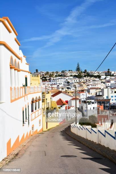 street of carvoeiro portugal - faro city portugal fotografías e imágenes de stock