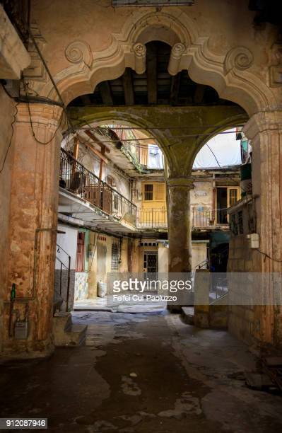 street of old havana, vieja, cuba - old havana stock pictures, royalty-free photos & images